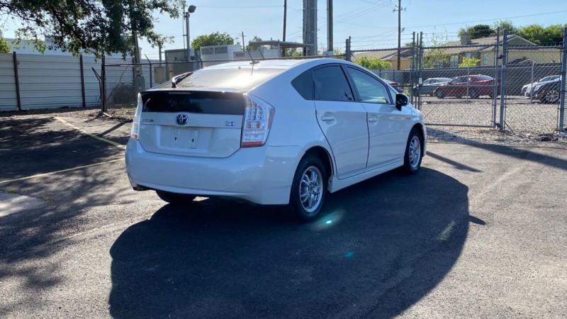 Toyota Prius 2011 price $1,500
