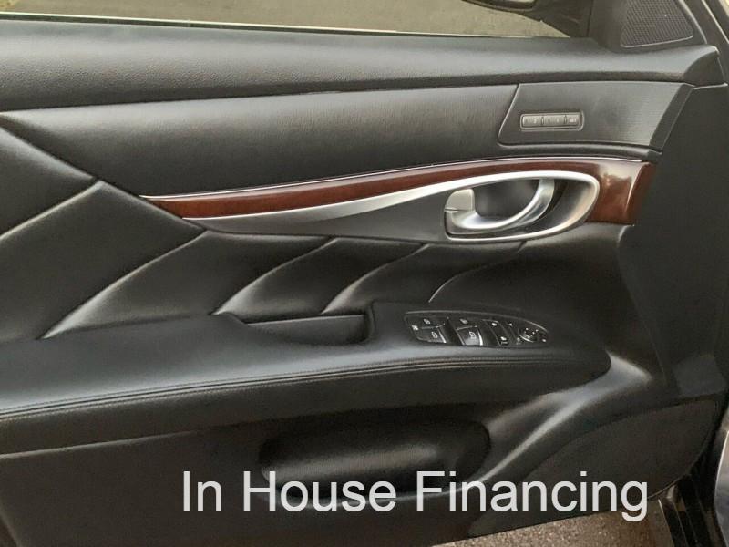 Infiniti M37 2012 price $9,995