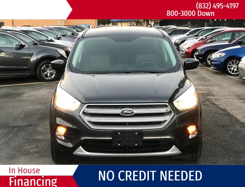 Ford Escape 2019 price $3,000