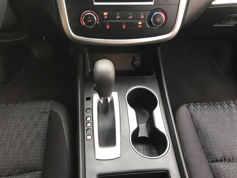 Nissan Altima 2016 price $12,998