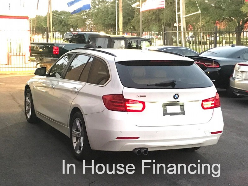 BMW 3 Series 2015 price $18,997