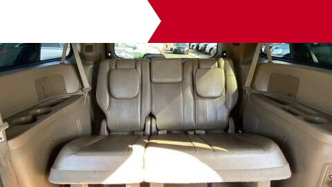 Chrysler Town and Country 2013 price $1,500