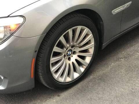 BMW 7 Series 2012 price $12,995