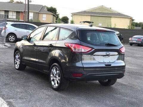 Ford Escape 2016 price $8,995