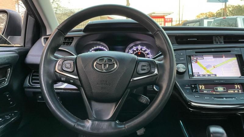 Toyota Avalon Hybrid 2015 price $18,995