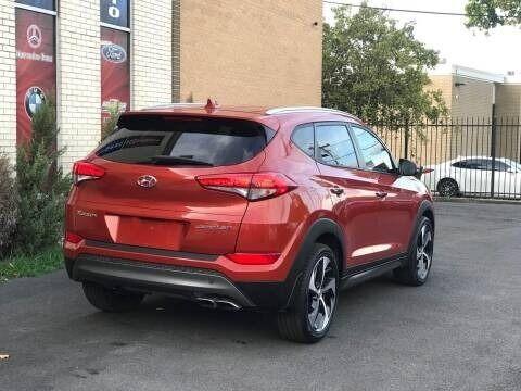 Hyundai Tucson 2016 price $15,998