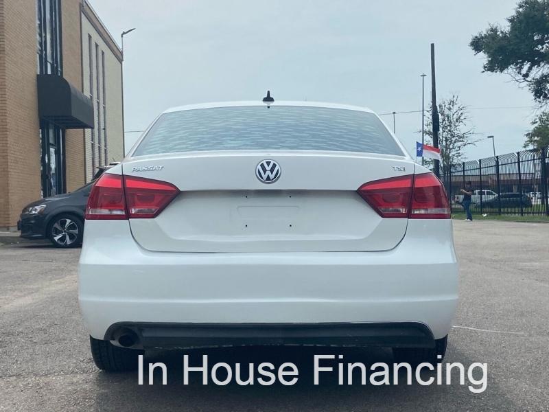 Volkswagen Passat 2014 price Call for Pricing.