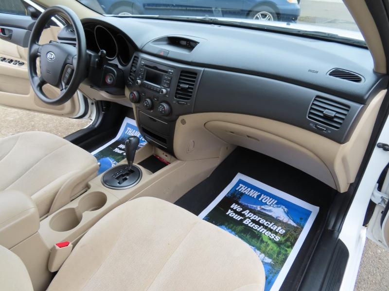 Kia Optima 2009 price $4,995
