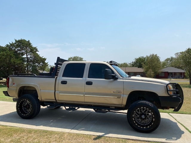 Chevrolet Silverado 2500HD 2005 price $5,000 Down