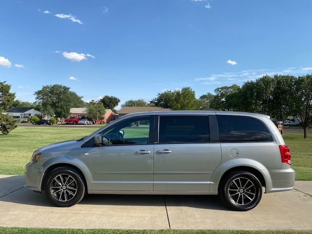 Dodge GRAND CARAVAN 2014 price $1,000 Down