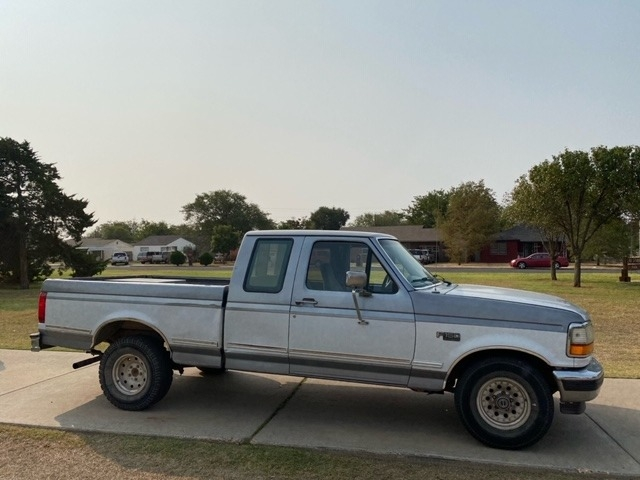 Ford F150 1995 price $2,500