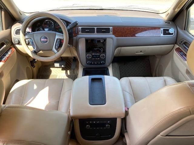 GMC YUKON XL 2011 price $1,500 Down