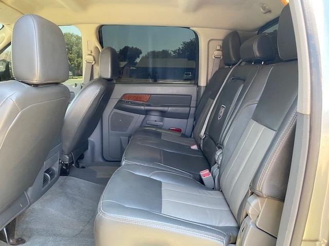 Dodge RAM 2500 4X4 2006 price $29,995