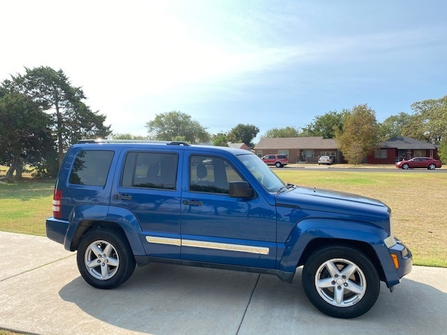 Jeep LIBERTY LIMITED 2010 price $1,500 Down