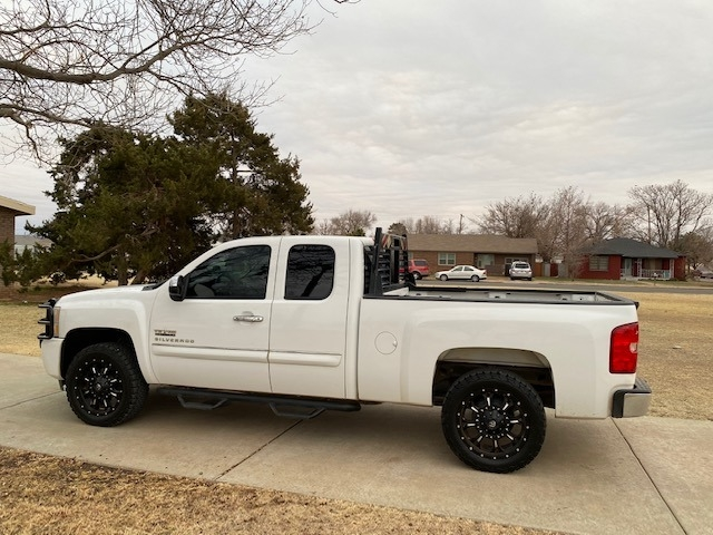 Chevrolet SILVERADO 1500 2011 price $3,500 Down