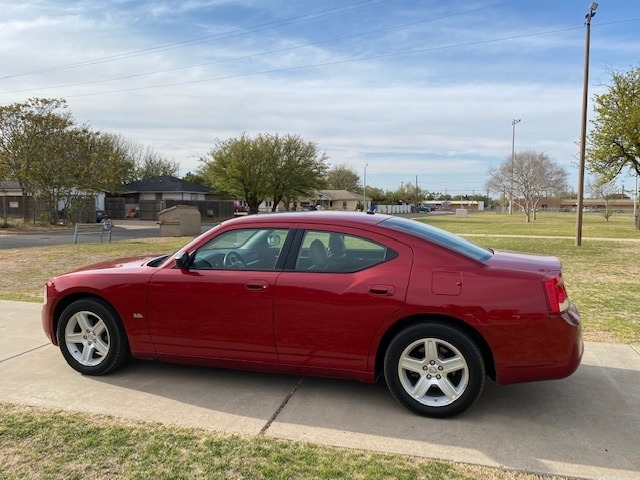 Dodge CHARGER SXT 2009 price $2,500 Down