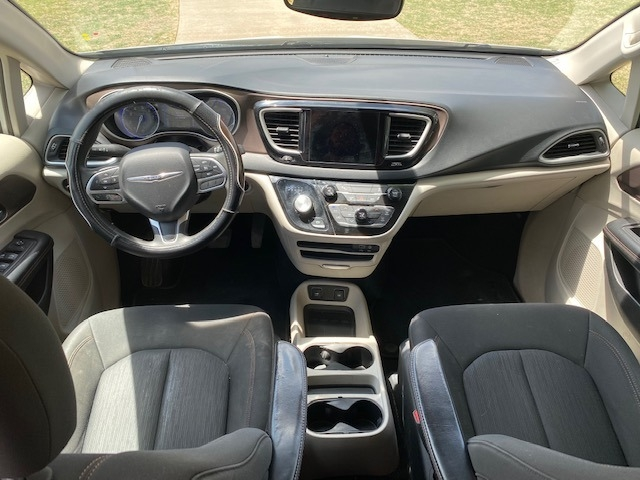 Chrysler PACIFICA 2017 price $2,500 Down