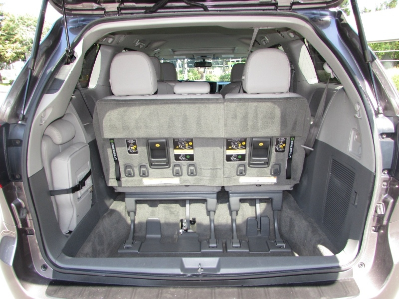 Toyota Sienna 2015 price $0