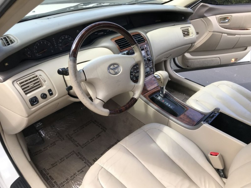 Toyota Avalon 2003 price $4,000