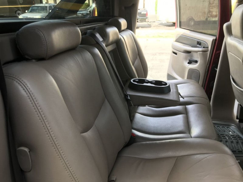 Chevrolet Avalanche 2004 price $8,500