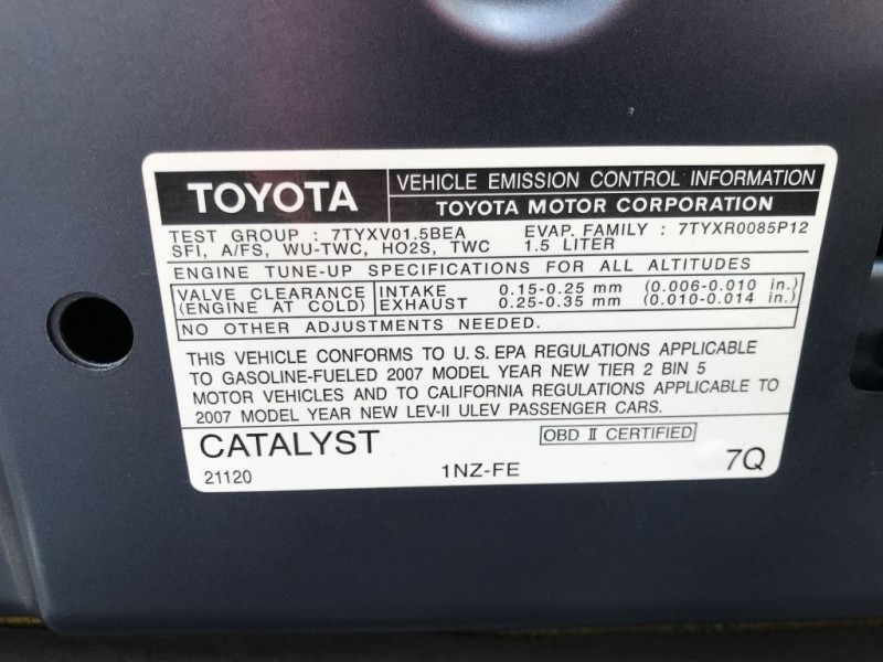 Toyota Yaris 2007 price $5,000