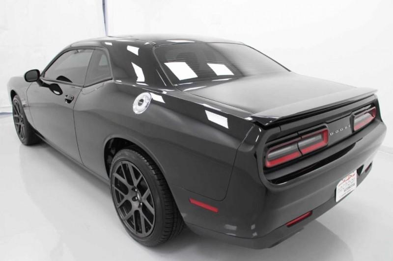 Dodge Challenger 2017 price $28,000