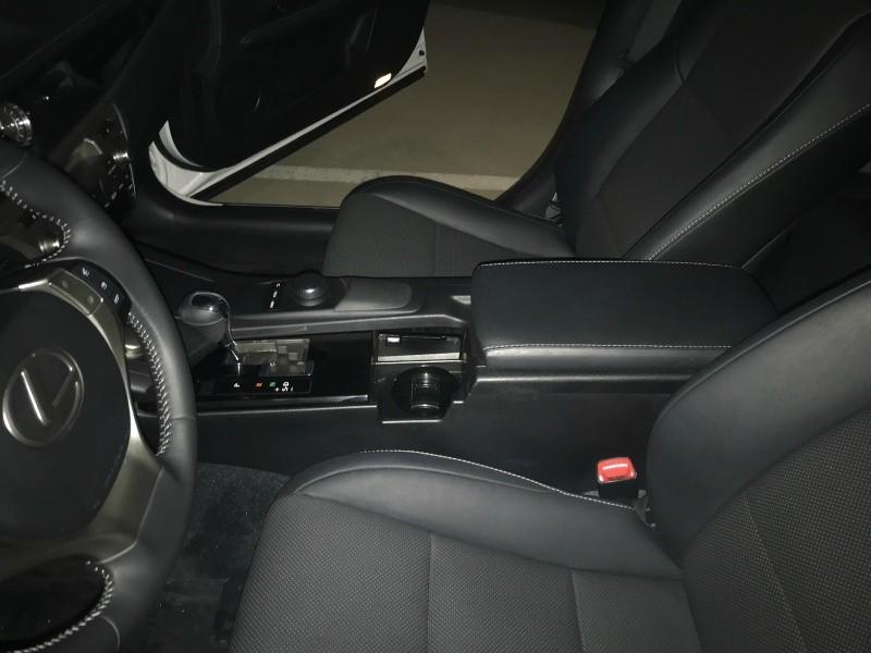 Lexus ES 350 2015 price $26,500