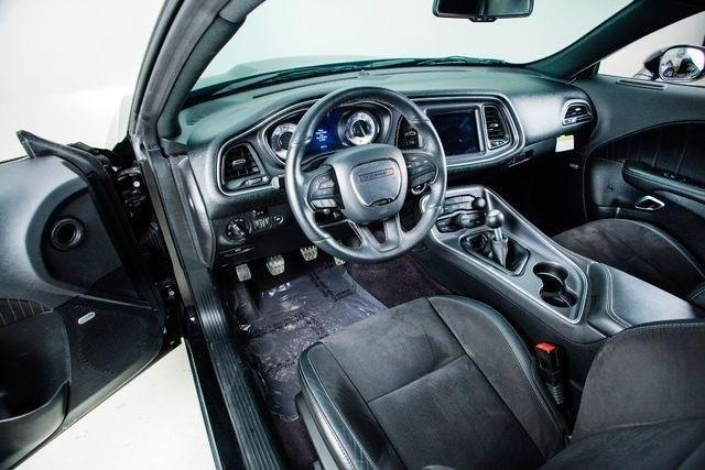 Dodge Challenger 2017 price $33,500