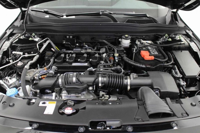 Honda Accord Sedan 2018 price $27,999