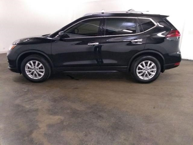Nissan Rogue 2019 price $15,999