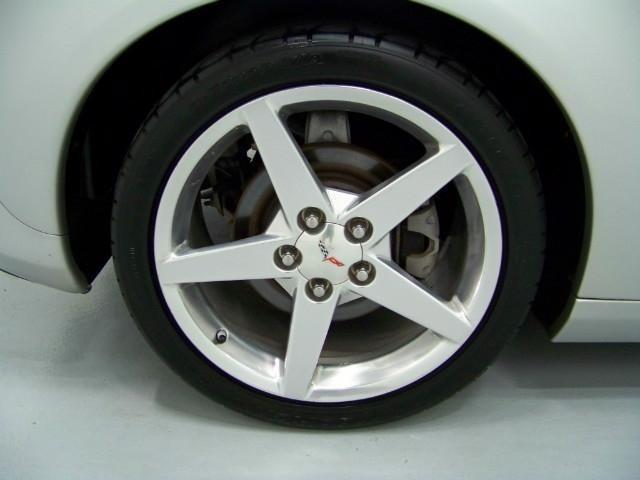 Chevrolet Corvette 2005 price $26,200