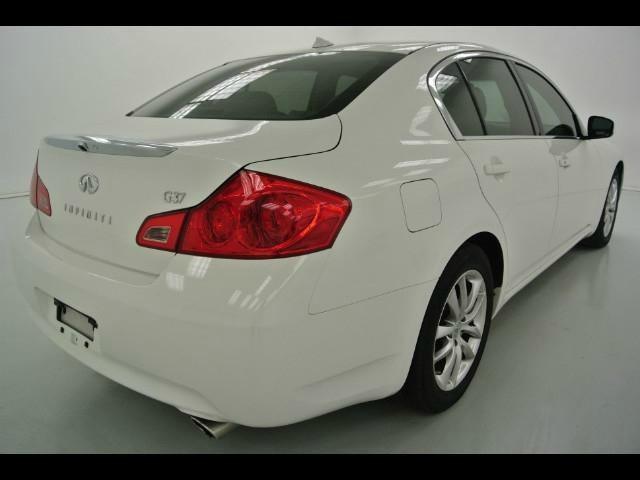 Infiniti G37 Sedan 2009 price $12,999