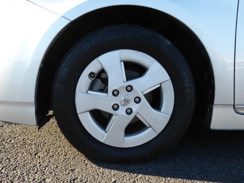 Toyota Prius 2011 price $8,495
