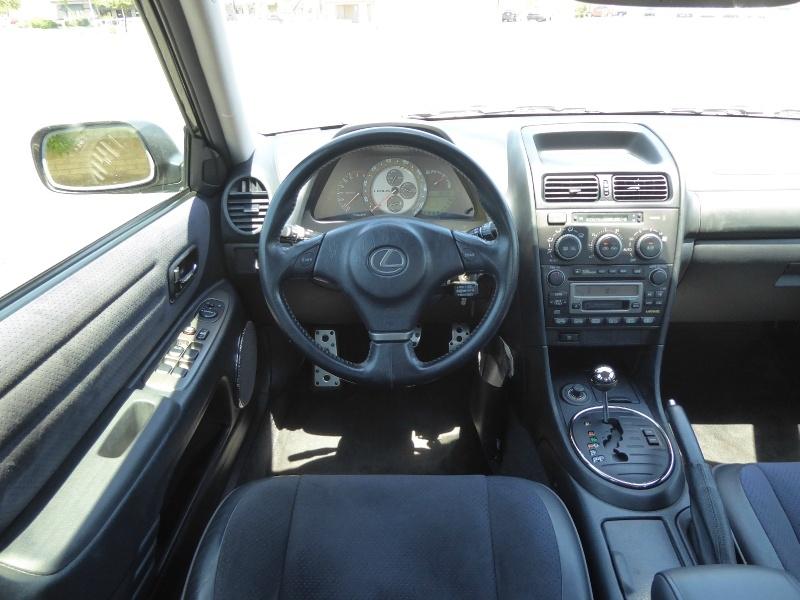 Lexus IS 300 2002 price $8,950