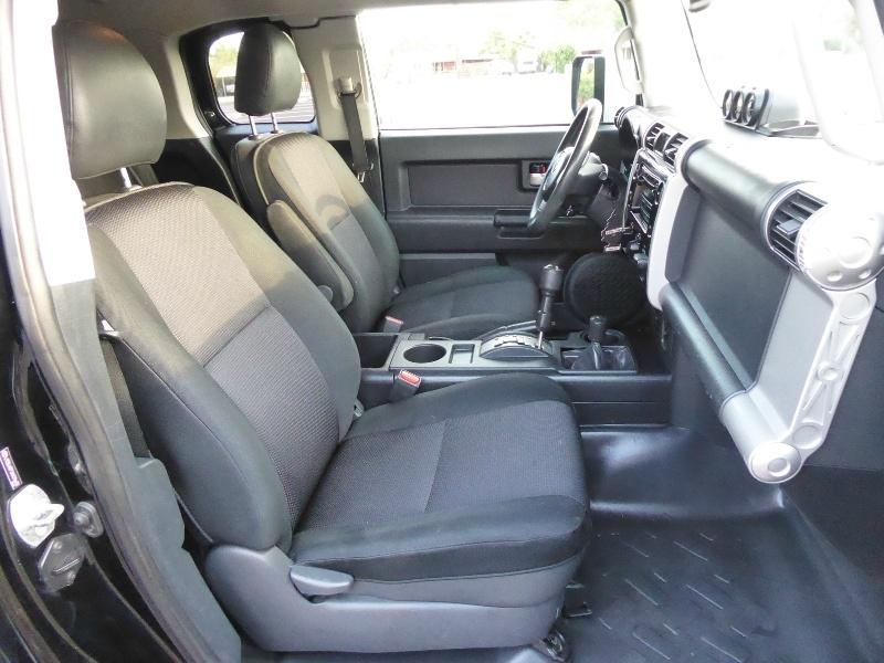 Toyota FJ Cruiser 2010 price $24,950