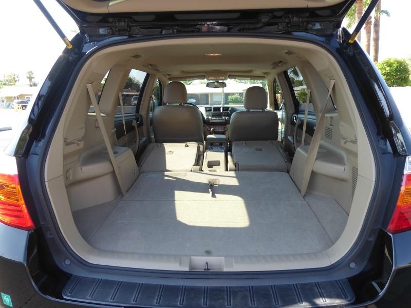 Toyota Highlander 2010 price $14,950