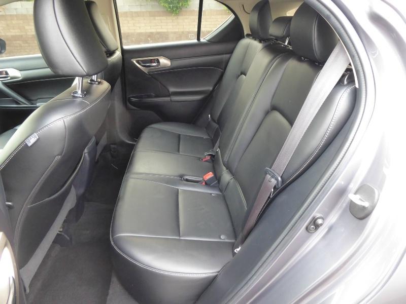Lexus CT 200h 2016 price $13,950