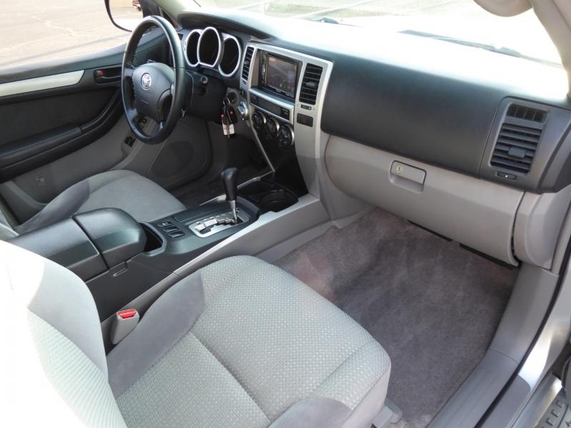 Toyota 4Runner 2005 price $10,995