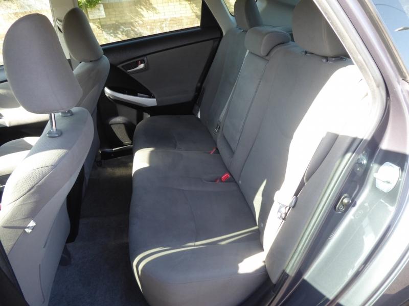 Toyota Prius 2013 price $11,950