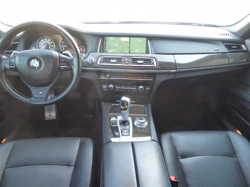 BMW 7-Series 2013 price $18,950