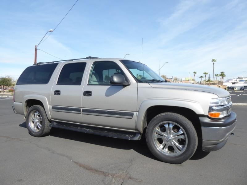 Chevrolet Suburban 2005 price $6,999
