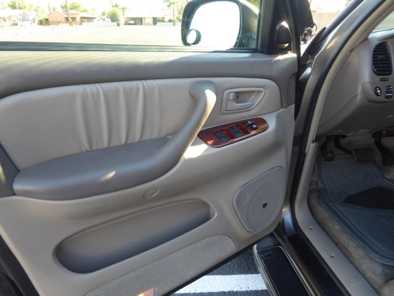 Toyota Tundra 2006 price $14,950