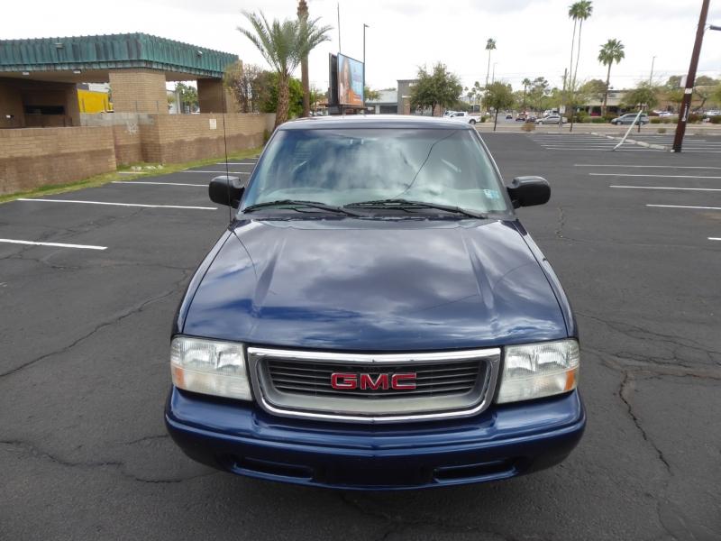 GMC Sonoma 2002 price $7,450