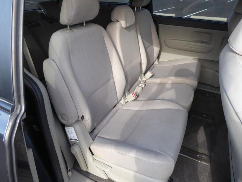 Kia Sedona 2016 price $11,995