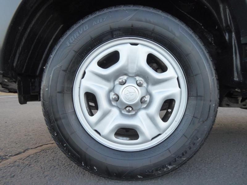 Toyota Tacoma 2012 price $17,950
