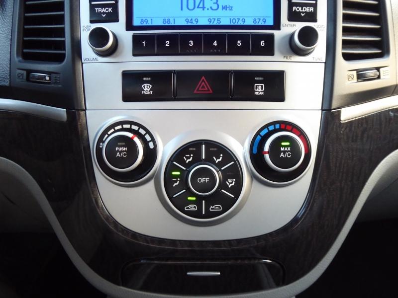 Hyundai Santa Fe 2009 price $7,450