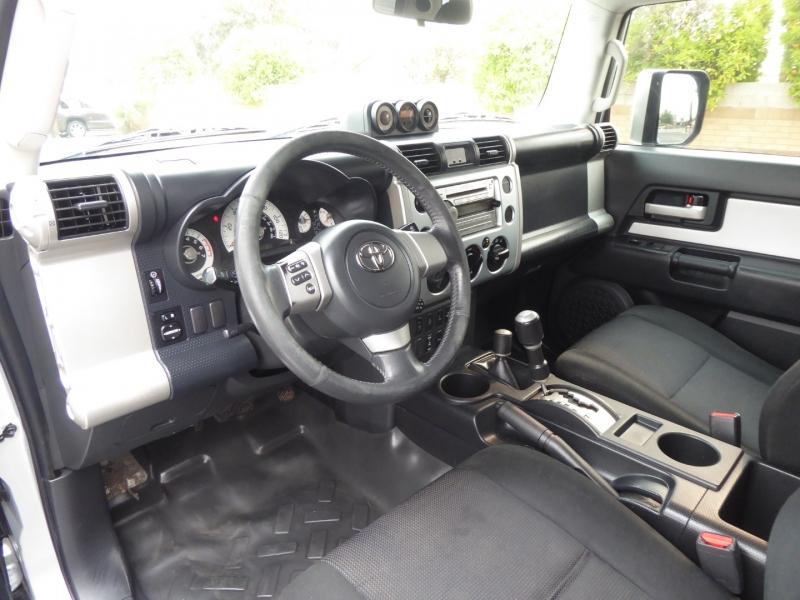 Toyota FJ Cruiser 2008 price $17,950