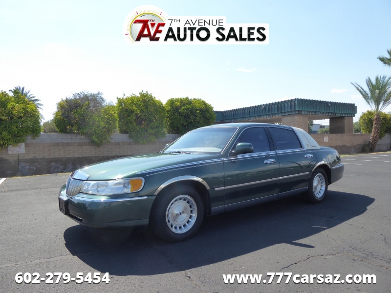 Lincoln Town Car 1999 price $4,995