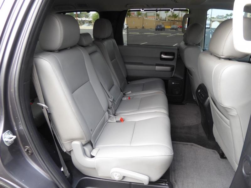 Toyota Sequoia 2014 price $27,995