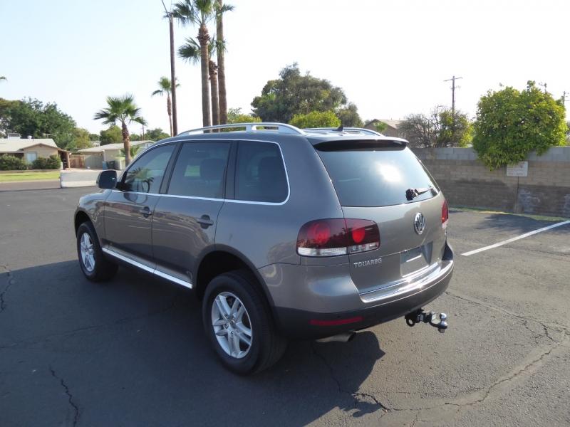Volkswagen Touareg 2 2009 price $9,450